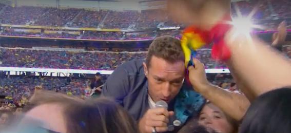 Coldplay y su apoyo LGTB en la Superbowl