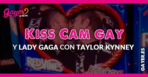 Kiss Cam Gay y Lady Gaga con Taylor Kynney