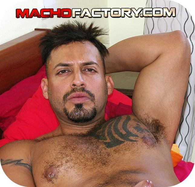 Viktor Rom videos porno gay