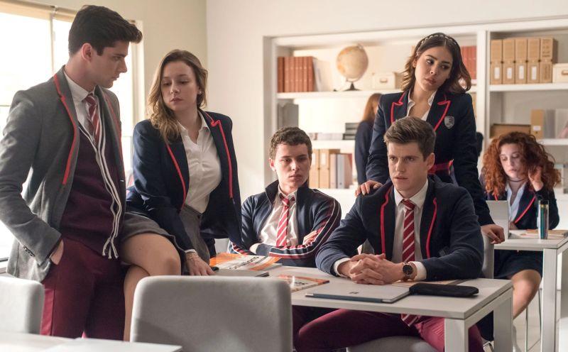 elite es una de las series gays de adolescentes creada en españa mas popular